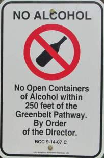 No-alcohol-sign-Boise-River-Greenbelt-ID-5-7-2016