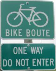 Bike-route-sign-Boise-River-Greenbelt-ID-5-7-2016