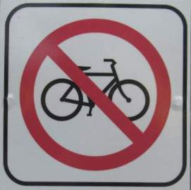 No-bike-symbol-sign-Boise-River-Greenbelt-ID-5-7-2016