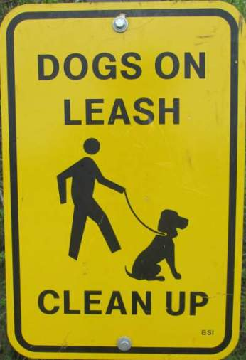 Dogs-on-leash-sign-Elroy-Sparta-Trail-WI-5-8&9-17