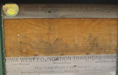 Trailhead-sign-Wabash-Trail-IA-5-18-17
