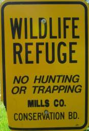 Wildlife-refuge-sign-Wabash-Trail-IA-5-18-17