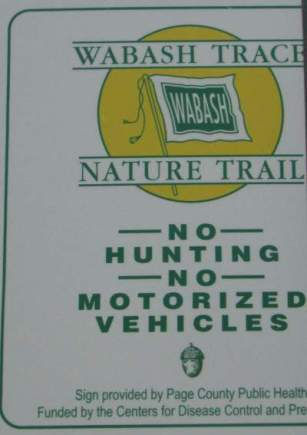 No-hunting-sign-Wabash-Trail-IA-5-18-17